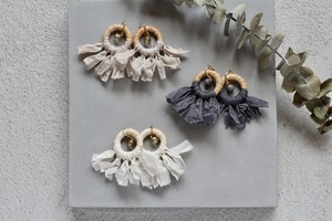 Italy raffia × ribbon -white- earring/pierce