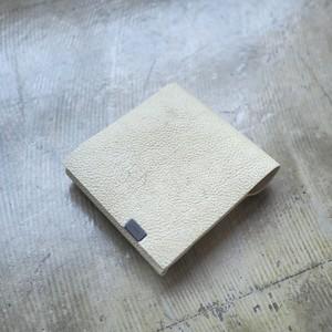 """世界で一つの伝統製法。""""白なめし""""<所作・二つ折り財布>NNYHS"""