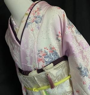 〈花模様の暈しの小紋 〉薄い桜色 トールサイズ はんなり 優しい小紋 裄長め