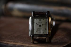 【ZENITH】 1940s レクタンギュラー アラビアインデックス スモールセコンド インカブロック  OH / Vintagewatch