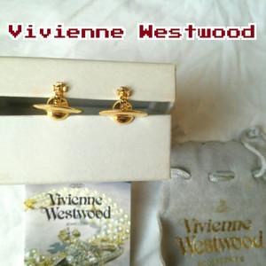 【付属有】美品/VW/ヴィヴィアンウエストウッドVivienne Westwood/ソリッドオーブ/ピアス/ゴールド/