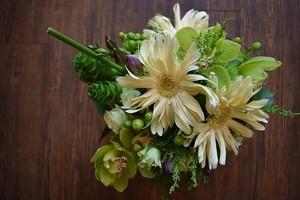 """seasonal bouquet """"S-size"""""""