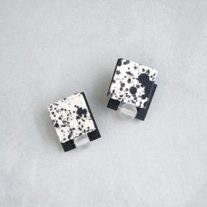 pierced earrings P-166/ earrings E-166