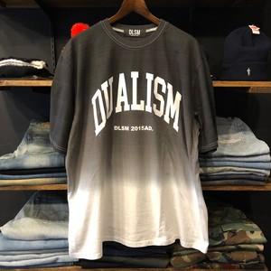【DLSM】 -ディーエルエスエム-DUALISM UV ARCH LOGO GRADATION TEE BLACK