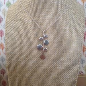 葉っぱネックレス  Leaf Necklace