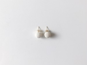 Yularice Button Earring 10mm WH