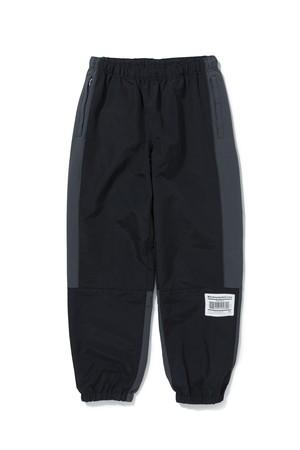 BLACK EYE PATCH / NYLON TRACKING PANTS
