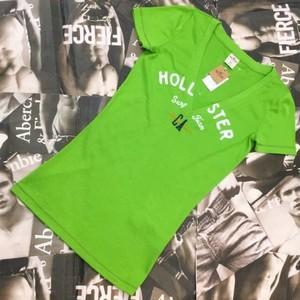 HOLLISTER WOMEN VネックTシャツ XSサイズ