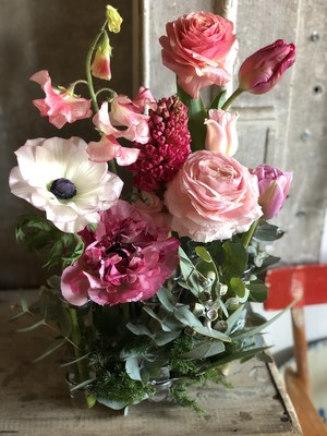 Cylindre et fleurs