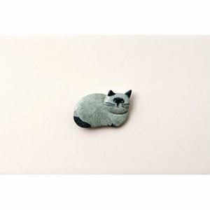 ピンバッジ|松尾ミユキ|リス/猫