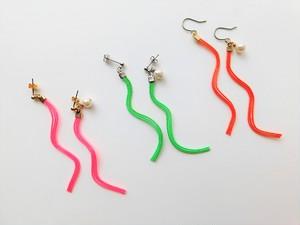 ネオンカラー 水引 耳飾り -UNEUNE-(ピアス/イヤリング)