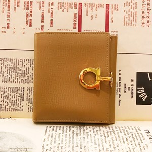 Ferragamo gunchini beige wallet