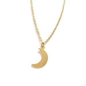 CrescentmoonPlateNecklace