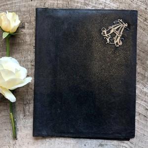 黒革の書類ケース
