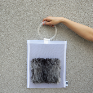 anti clone『hard tulle bag  WH/グレーミックス』