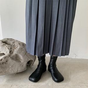 足袋風ショートブーツ カラー豊富 スクエアトゥ ステッチデザイン バックジップ ローヒール 合皮 革 黒 ブラック 茶 ブラウン アプリコット 個性的 柔らかい 痛くない 韓国