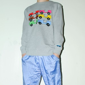 『くるむ』 Cars sweatshirt