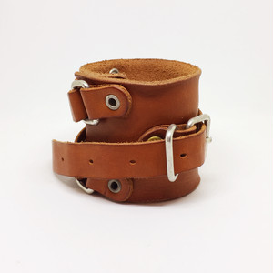 rotten leather wristband camel