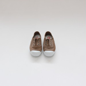 Cienta Slip On shoes  Beige