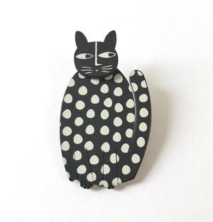 K-Formブローチ(すわり猫:モノトーン)