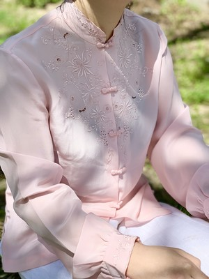 Vintage Pink Silk Chinese Embroidered Cutwork Blouse