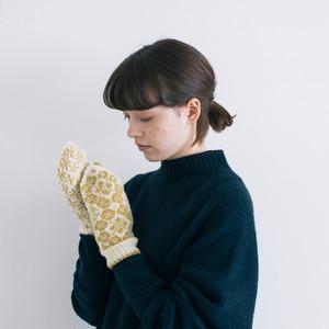 小林ゆかさんの手編みのミトン【春】