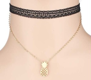 Metal PINEAPPLEChoker (EN1053)