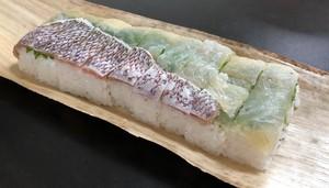 マルンガイ 鯛棒寿司