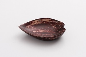潤漆砥出豆皿(花びらA)
