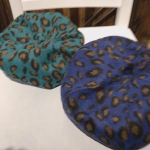 豹柄ベレー帽