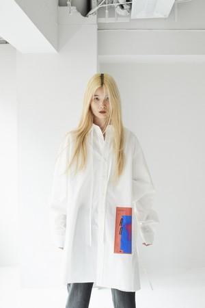 graphic shirt [ r13-20AW / white ]