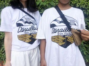 DerailleurBrewWorks ロゴプリントTシャツ
