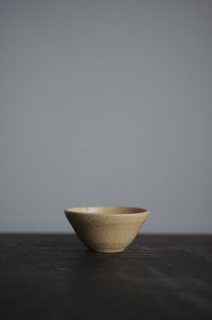 豆鉢 / ちいさな湯のみ / ぐい呑み(黄)