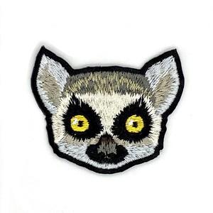 ワオキツネザルの刺繍ワッペン