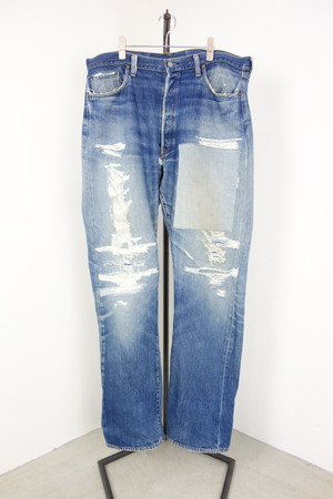 "70's ""Levi's"" 501 Darned denim pants"