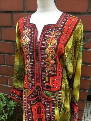 手刺繍 バロチドレス B20200216