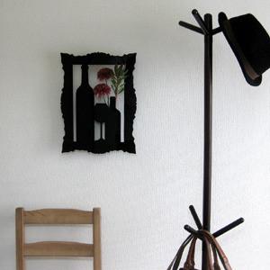 SHADOW 壁掛花器(ワイン)ホワイト・ブラック