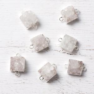 [天然石 パーツ]ドゥルージー2カン付スクエアS(ホワイト)1個 D0336