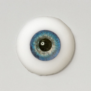 Silicone eye - 19mm Mystique with Smaller Iris for 17mm SINGLE