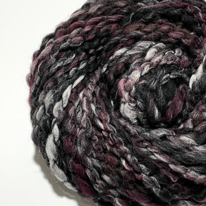 Cloud yarn -No.18 / 51g-