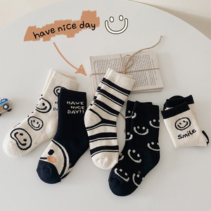 【即納】厚手子供靴下5点セット キッズソックス 総柄 ワンポイント 韓国子供服
