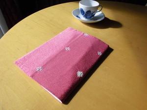 可愛い未使用小紋着物からA5サイズブックカバー