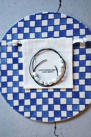 JANE SMITH / PEARL LEATHER STRAP NECKLACE ( WHITE )