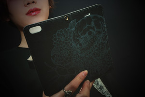 """SKULLFLOWER""phone case"