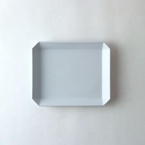 """1616/arita japan TY """"Standard"""" Square Plate165(Plain Gray) W16,5×D14×H1,5cm プレーングレー 有田焼 陶磁器 シンプル スタイリッシュ 皿 食器"""