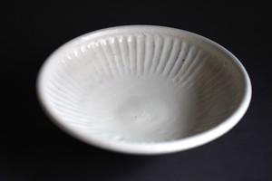 八木橋昇 粉引しのぎ玉縁6寸鉢