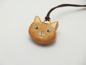 桂の猫ペンダント P1223
