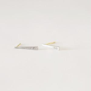 ロッド K18イエローゴールド × K10ホワイトゴールド ダイヤモンドスタッドピアス