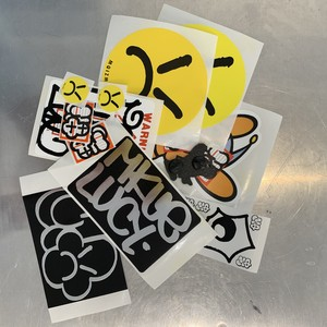 MQ sticker pack (chrome)+ pins