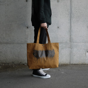 Dripping Logo Big Tote Bag Camel × Black